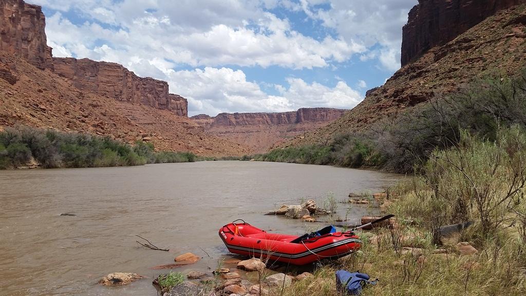 New 12' Saturn Raft/Kayak - RD365X RED - Customer Photo