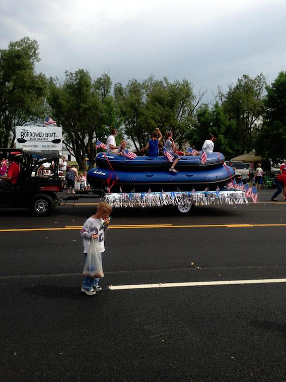 Customer Review Photo - 15' Saturn Whitewater Raft in the Parade!