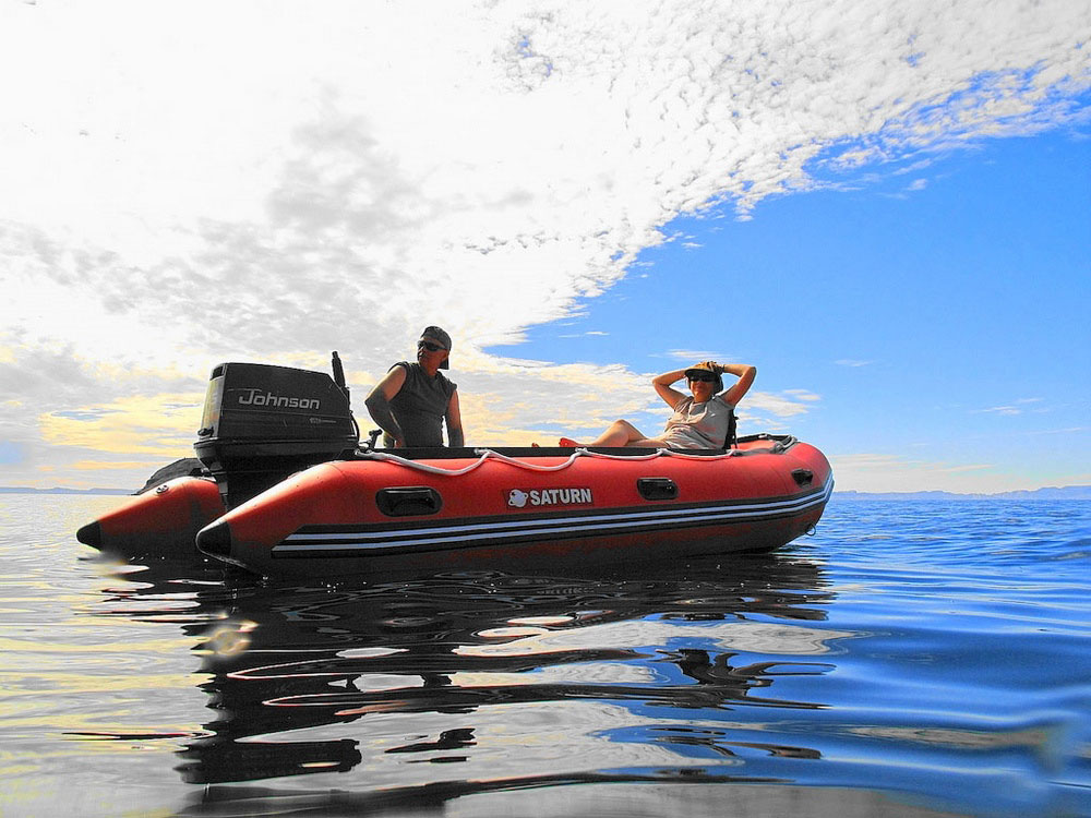 Customer Photo - 14' Saturn Inflatable Boat - Red