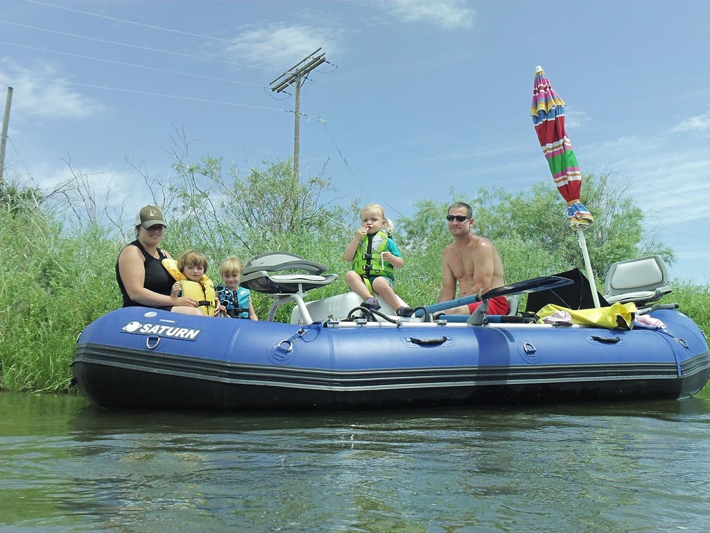Customer Photo - 16' Saturn Whitewater Raft in Big Whitewater - Great Family Memories Being Built