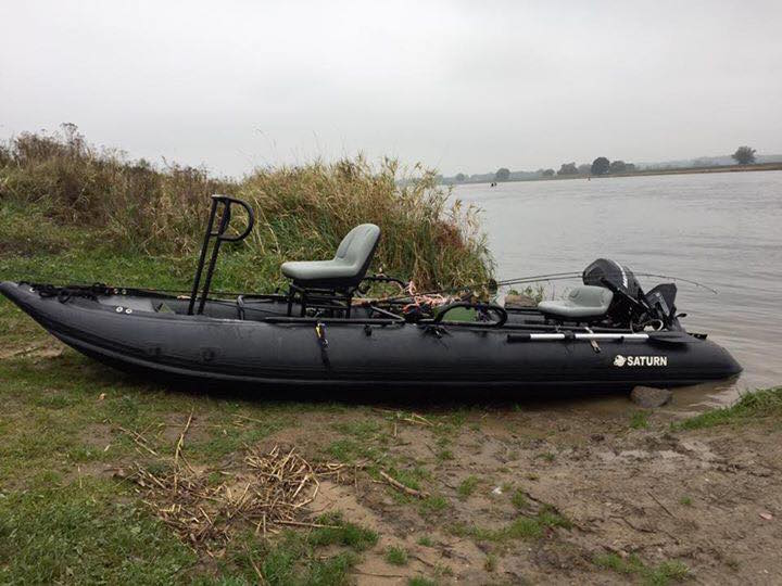 Customer Photo with 15' Saturn KaBoat XL (Alaska Series) and a Custom Frame