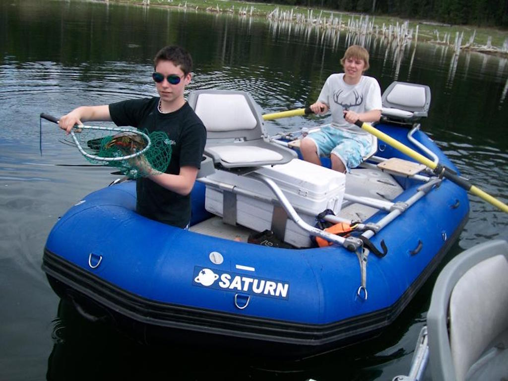 A Good Time in the 13' Saturn Whitewater Raft
