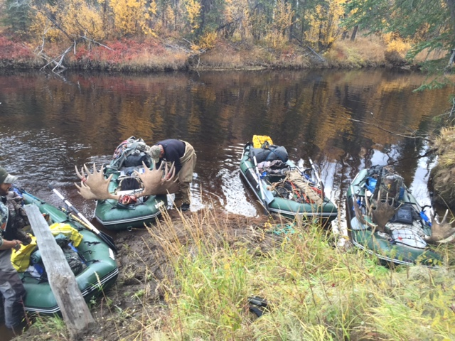 Customer Mark P - Alaska Moose Hunt with Older Version 12' Saturn Raft/Kayak Fleet (Light River Model)
