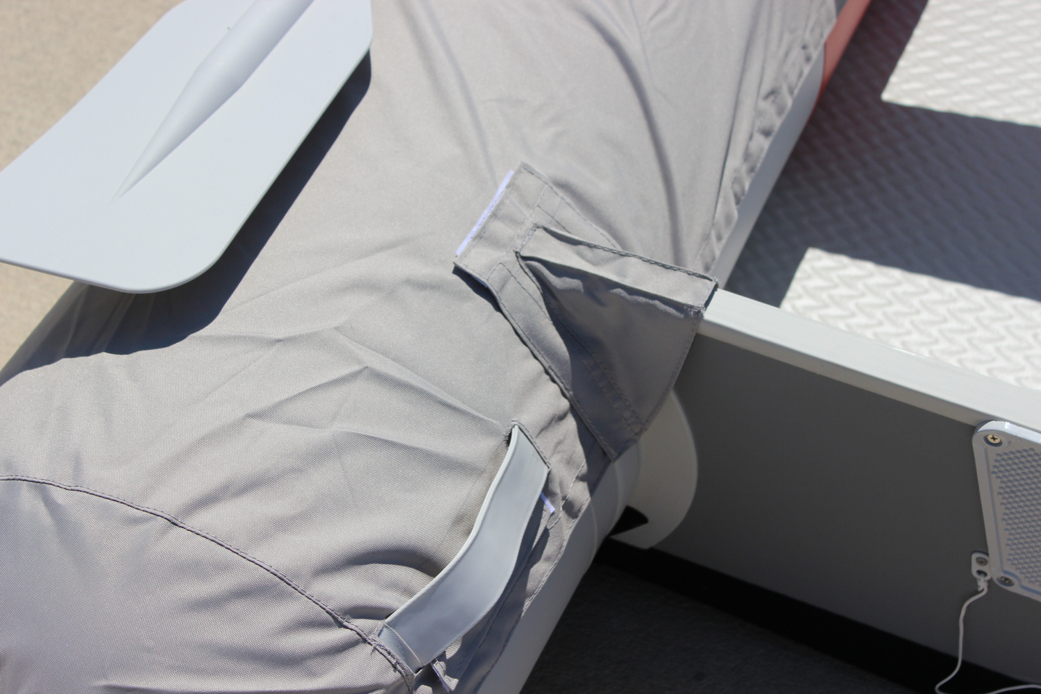 "9'6"" Azzurro Mare AM290 w/Tube Protector Installed - Transom View"