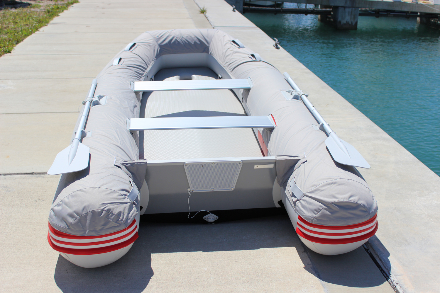 "9'6"" Azzurro Mare AM290 w/Tube Protector Installed - Rear View"