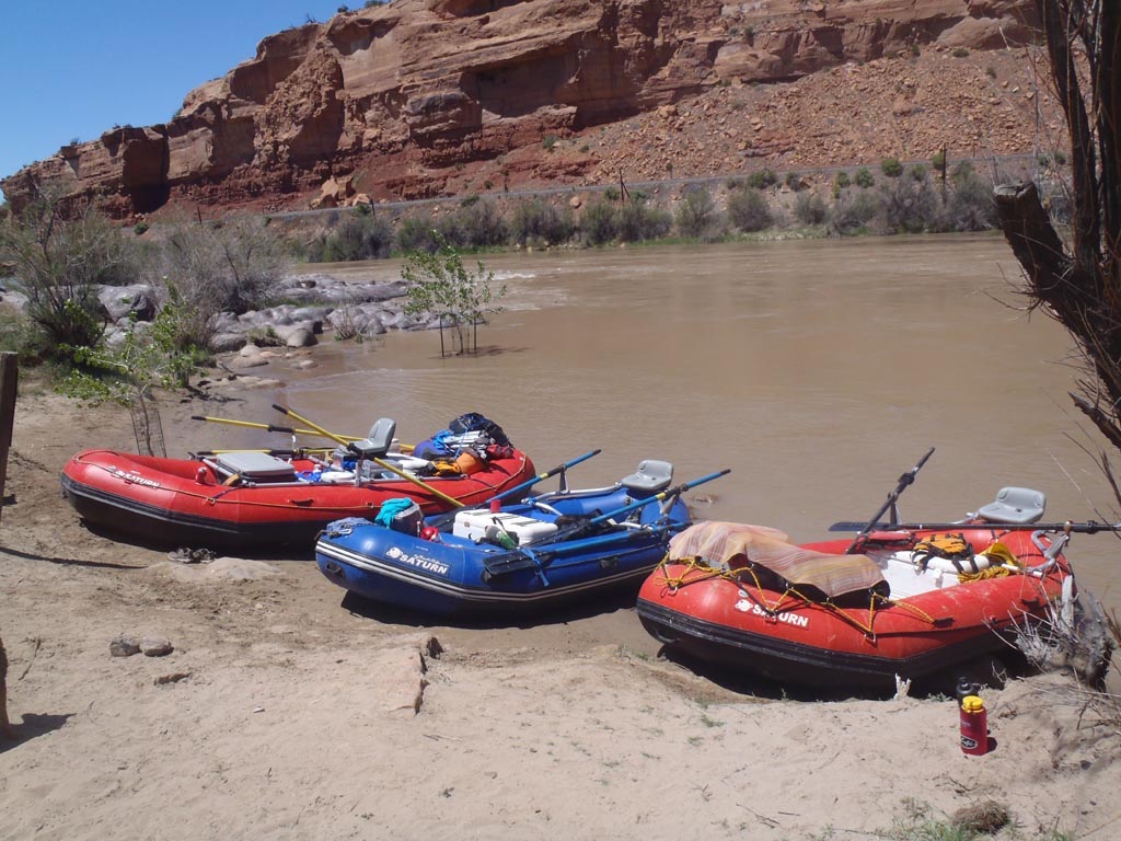 Customer Review Photo - 15' Saturn Whitewater Raft on Multi-Day Camping Trip - Also Showing Older 14' and 16' Saturn Raft Models