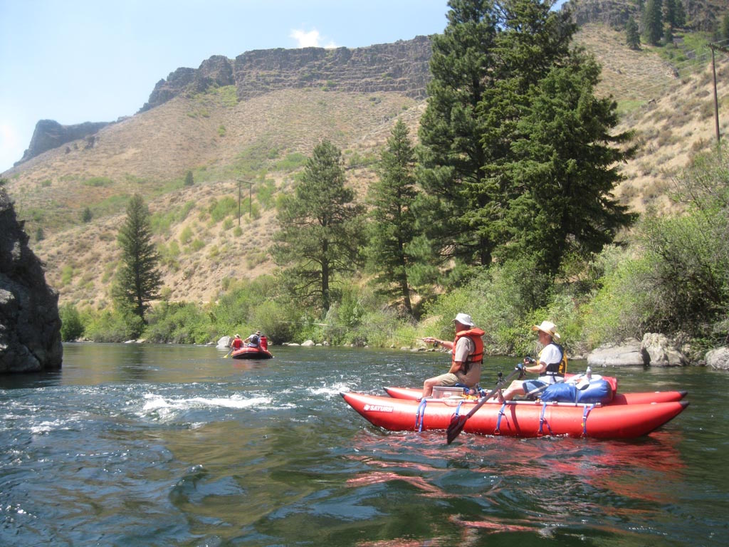"""15'6"""" CT457 Saturn Cataract Tubes with NRS Rowing Frame By Saturn Rafts - Boise River Fishing"""