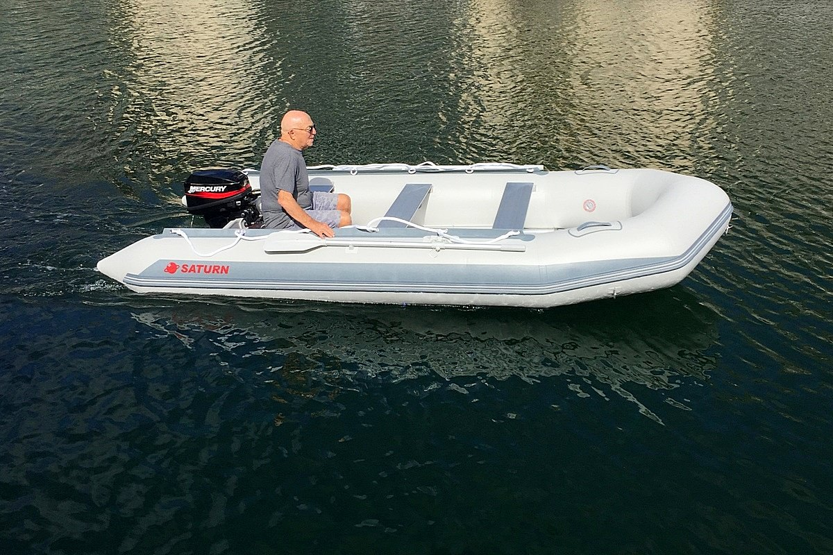 13.5' Inflatable Boat SD410 by SATURN - Saturn Customer Testimonial Pictures
