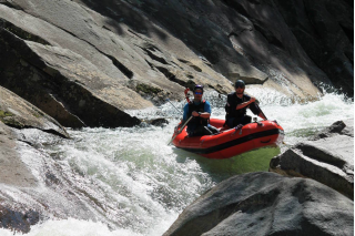 "Customer Photo - 9'6"" Saturn Whitewater Raft - R2ing in Class IV Whitewater"